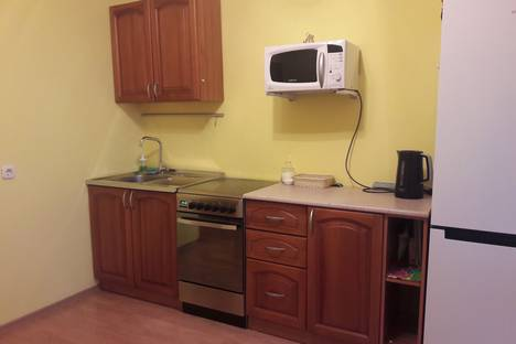 Сдается 1-комнатная квартира посуточно в Бердске, Северный микрорайон, 19.