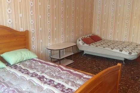 Сдается 1-комнатная квартира посуточно в Лесосибирске, улица 5 микрорайон, 14.