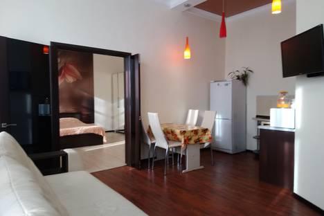 Сдается 2-комнатная квартира посуточно в Кисловодске, Красноармейская улица, 7.