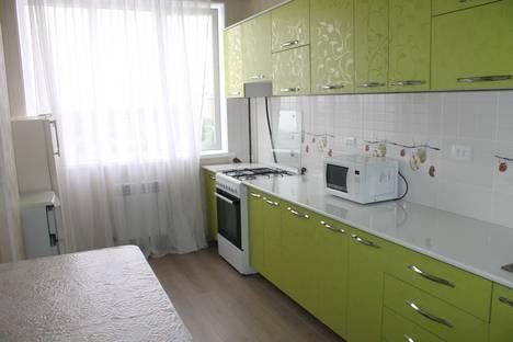Сдается 2-комнатная квартира посуточно в Бишкеке, 5 мкр, 19/3.