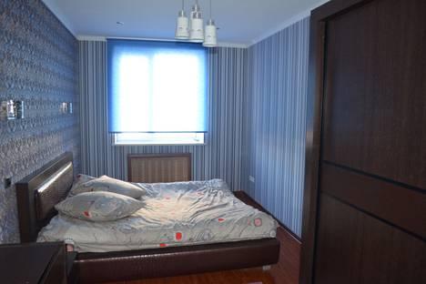 Сдается 2-комнатная квартира посуточно, улица Боконбаева, 162.
