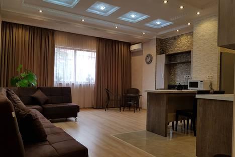 Сдается 3-комнатная квартира посуточно в Тбилиси, Tsotne Dadiani St. 22.