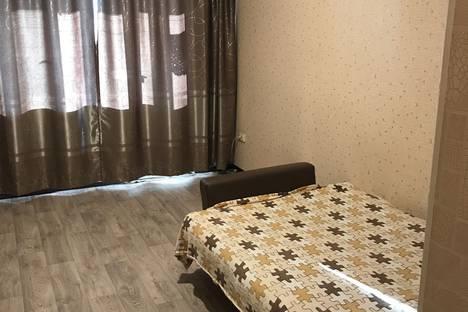 Сдается 1-комнатная квартира посуточново Владивостоке, улица Окатовая, 20.