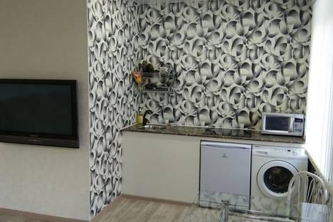 Сдается 2-комнатная квартира посуточно в Братске, Солнечная улица.