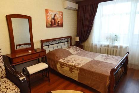 Сдается 1-комнатная квартира посуточно в Феодосии, ул. Федько 49.