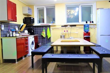 Сдается 1-комнатная квартира посуточно в Астрахани, улица Свердлова, 51.