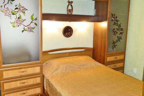Сдается 1-комнатная квартира посуточно в Феодосии, ул. Федько 28.