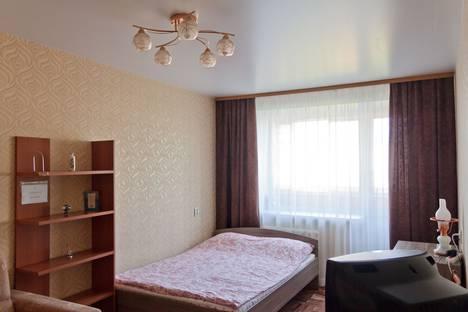 Сдается 1-комнатная квартира посуточно в Екатеринбурге, улица Студенческая, 62.