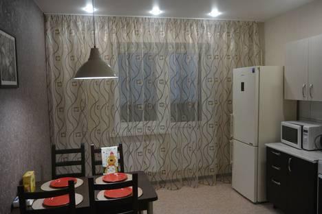 Сдается 1-комнатная квартира посуточно в Череповце, Ленинградская улица, 26.