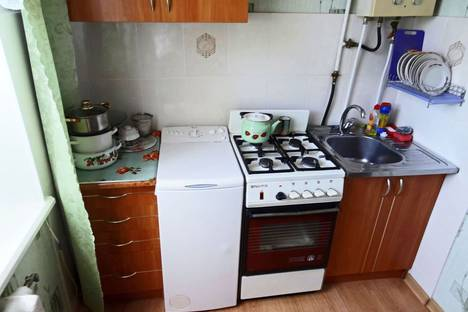 Сдается 1-комнатная квартира посуточно в Феодосии, Украинская 17.