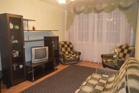 Сдается 2-комнатная квартира посуточно в Златоусте, улица Профсоюзная, 2.