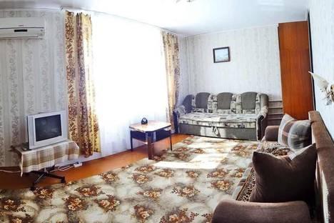 Сдается 1-комнатная квартира посуточно в Феодосии, Колхозный переулок, 4.