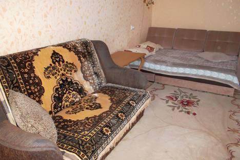 Сдается 2-комнатная квартира посуточно в Новом Свете, улица Голицына, 30.