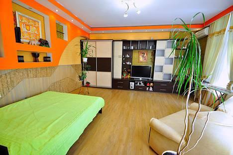 Сдается 1-комнатная квартира посуточно, Ялта,Крым ,ул.Дмитриева 16.