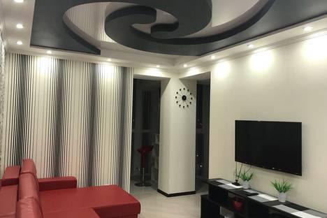Сдается 2-комнатная квартира посуточно, проспект Мира, 25г.