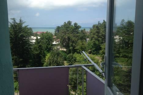 Сдается 3-комнатная квартира посуточно в Кобулети, Руставели,136а.