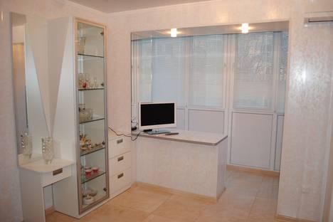 Сдается 1-комнатная квартира посуточно в Феодосии, Галерейная 18.