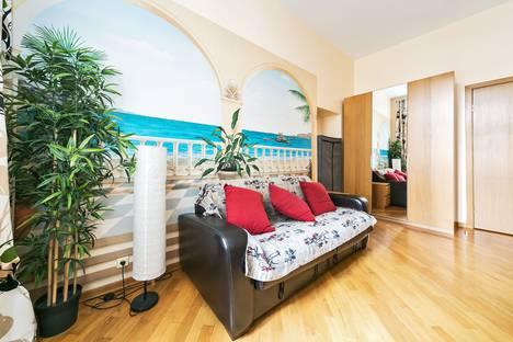 Сдается 4-комнатная квартира посуточно в Москве, улица Арбат, 51.