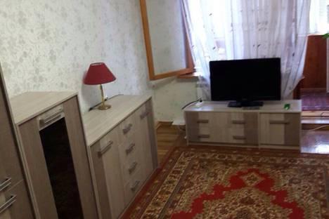 Сдается 2-комнатная квартира посуточно в Гаспре, ул.Маратовская 59.