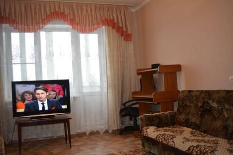 Сдается 2-комнатная квартира посуточно в Белокурихе, улица Советская, 2.