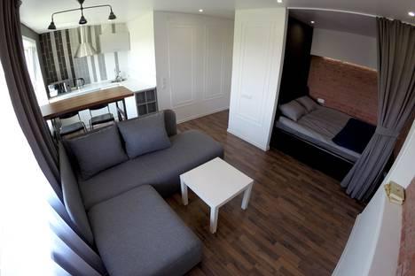 Сдается 1-комнатная квартира посуточно в Павлодаре, улица Академика Сатпаева, 30.
