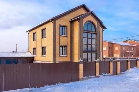 Сдается коттедж посуточно в Новосибирске, улица Петухова, 6Б.