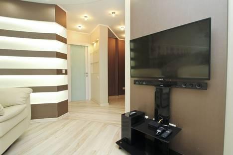 Сдается 2-комнатная квартира посуточно в Сургуте, улица Майская, 3.