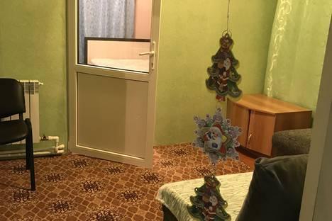 Сдается 3-комнатная квартира посуточно, улица Виноградова ,д 6 ,кв 1..