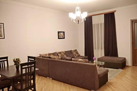 Сдается 3-комнатная квартира посуточно в Тбилиси, Вахтанг Котетишвили.