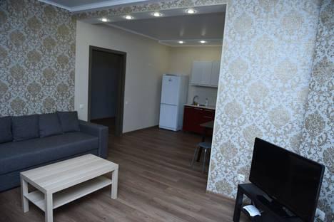 Сдается 2-комнатная квартира посуточно в Оренбурге, Нижний проезд, 3/2.