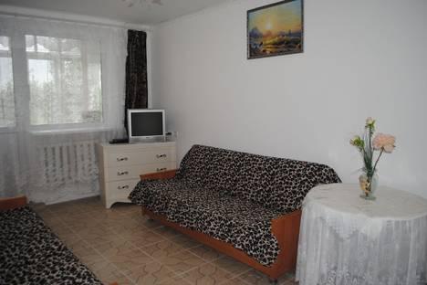 Сдается 1-комнатная квартира посуточно в Феодосии, ул Крымская д 11.