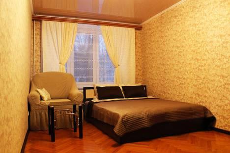Сдается 2-комнатная квартира посуточно в Люберцах, улица Льва Толстого, 5.