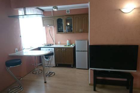 Сдается 1-комнатная квартира посуточно, Иртышская набережная 12.