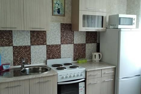 Сдается 2-комнатная квартира посуточно в Белокурихе, улица Братьев Ждановых, 3.