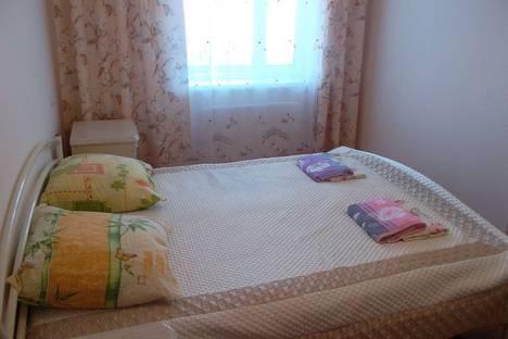 Сдается 2-комнатная квартира посуточнов Новом Свете, улица Шаляпина, 7.