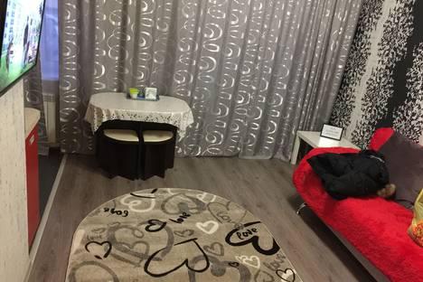 Сдается 1-комнатная квартира посуточно в Бийске, улица Матросова 37/1.