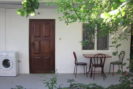 Сдается 1-комнатная квартира посуточно в Судаке, Бирюзова 6.