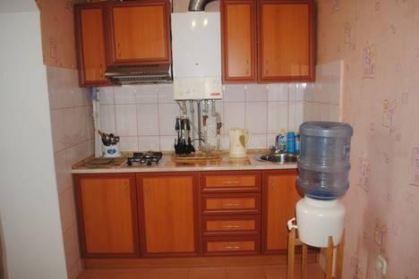 Сдается 1-комнатная квартира посуточно в Феодосии, ул Федько д 1а.