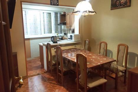 Сдается 3-комнатная квартира посуточнов Форосе, улица Космонавтов, 20.