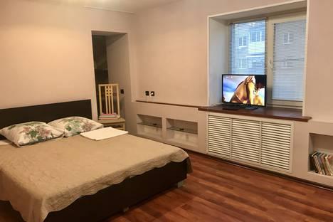 Сдается 1-комнатная квартира посуточнов Ухте, улица Оплеснина, 3.