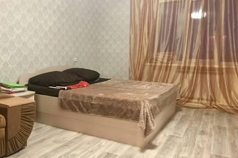 Сдается 2-комнатная квартира посуточно в Ухте, набережная Нефтяников, 10.