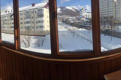 Сдается 3-комнатная квартира посуточно в Южно-Сахалинске, проспект Победы, 10.