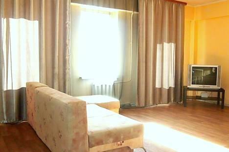 Сдается 1-комнатная квартира посуточно в Иркутске, Советская улица, 115 корпус 3.