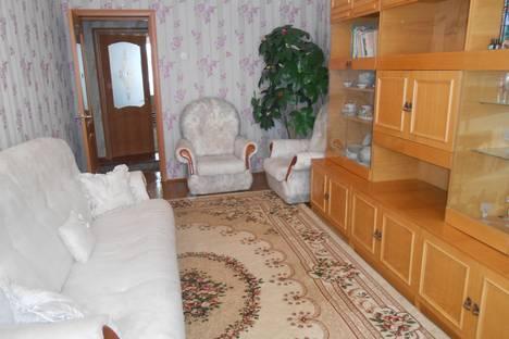 Сдается 2-комнатная квартира посуточно в Яровом, квартал A.