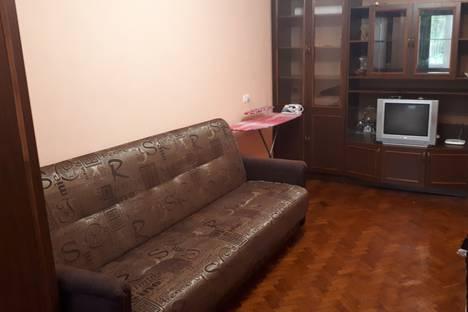 Сдается 1-комнатная квартира посуточно в Воронеже, Южно-Моравская улица, 40.