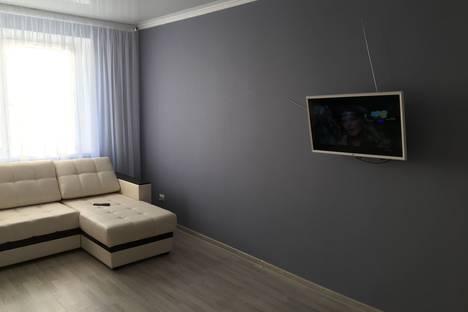 Сдается 1-комнатная квартира посуточно в Набережных Челнах, проспект Дружбы Народов, 1.