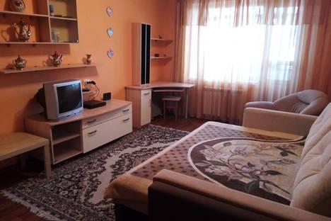 Сдается 1-комнатная квартира посуточно, улица Батавина, 2.