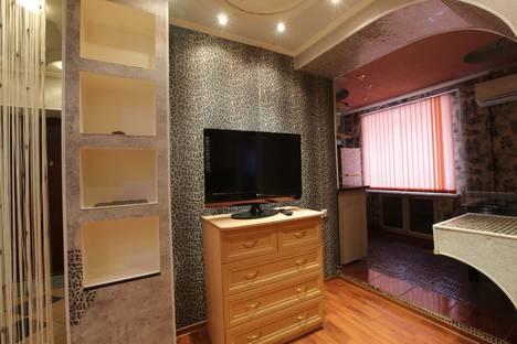 Сдается 3-комнатная квартира посуточно в Комсомольске-на-Амуре, улица Аллея Труда, 62 корпус 2.