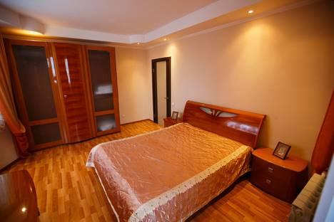 Сдается 3-комнатная квартира посуточно в Орле, улица Максима Горького, 100.