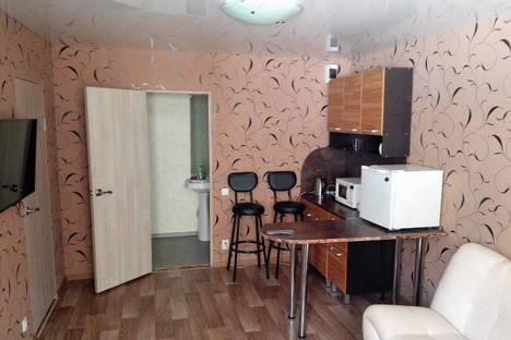 Сдается 2-комнатная квартира посуточно в Елизове, Тимирязевский переулок, 4.